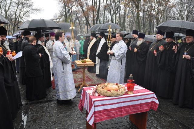 Керуючий Північним вікаріатством столиці взяв участь у заупокійній літії за жертвами Голодомору 1932-1933 років