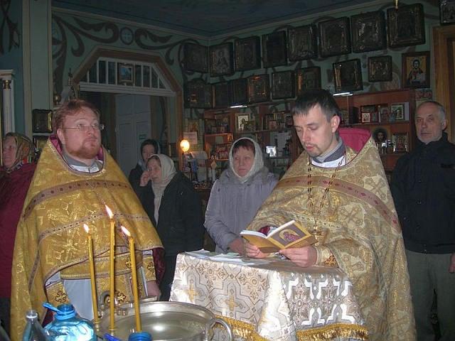 Парафія на честь преподобного Серафима Саровського Північного вікаріатства відзначила 103 річницю з дня заснування