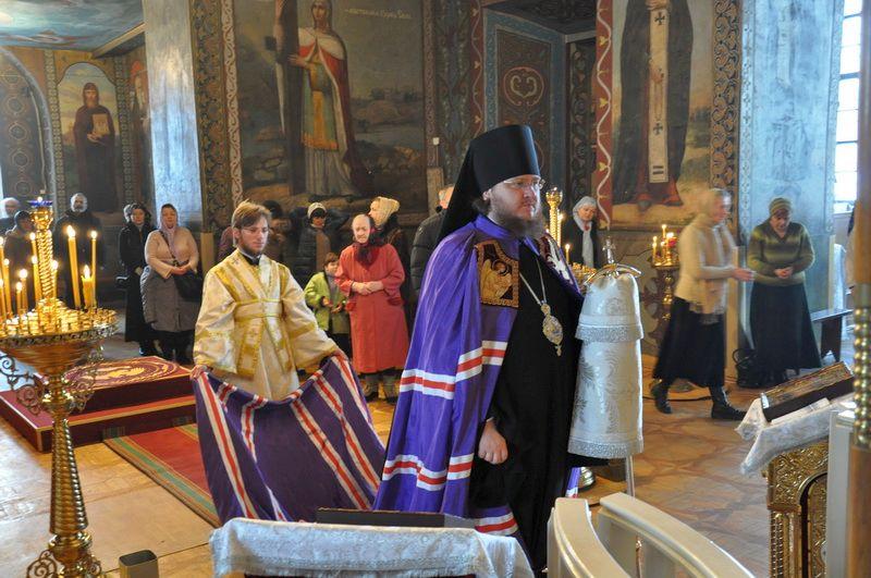 Керуючий Північним київським вікаріатством єпископ Боярський Феодосій звершив Божественну літургію в Неділю 31-у після П'ятидесятниці