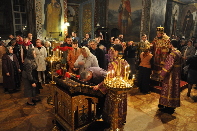 Єпископ Боярський Феодосій звершив всенічне бдіння напередодні Неділі 3-ї Великого посту