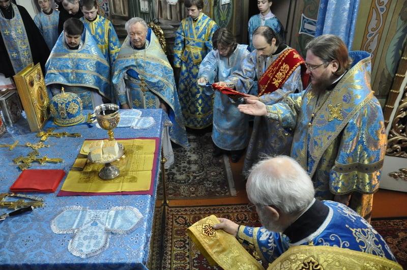 Єпископ Боярський Феодосій звершив Літургію в день Благовіщення Пресвятої Богородиці