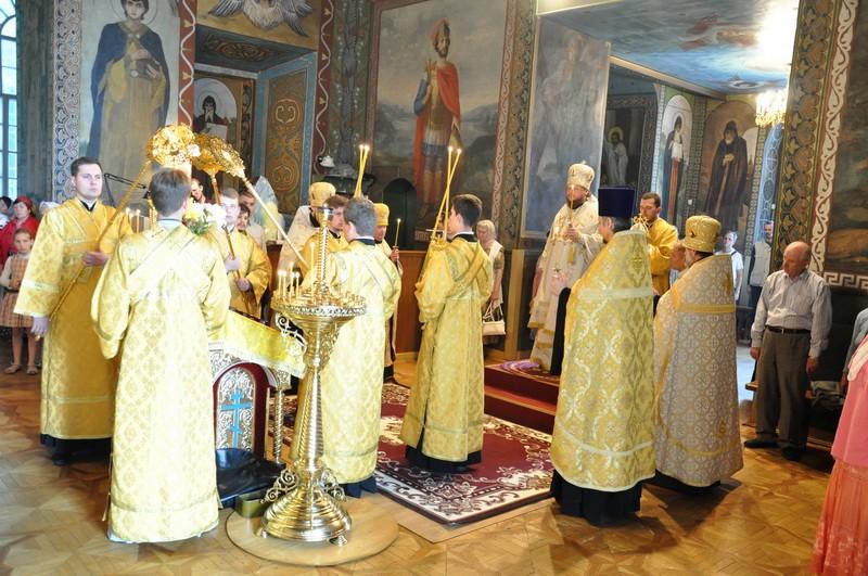 Епископ Боярский Феодосий совершил всенощное бдение накануне Недели 3-й по Пятидесятнице