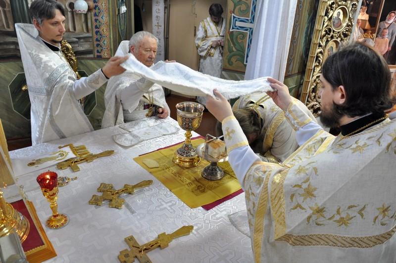 Єпископ Боярський Феодосій звершив Літургію в Неділю 7-у після Пасхи