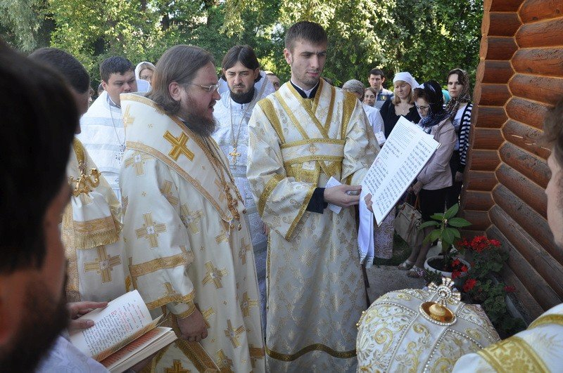 Епископ Боярский Феодосий совершил освящение храма в честь Всех святых в земле русской просиявших в г.Киеве