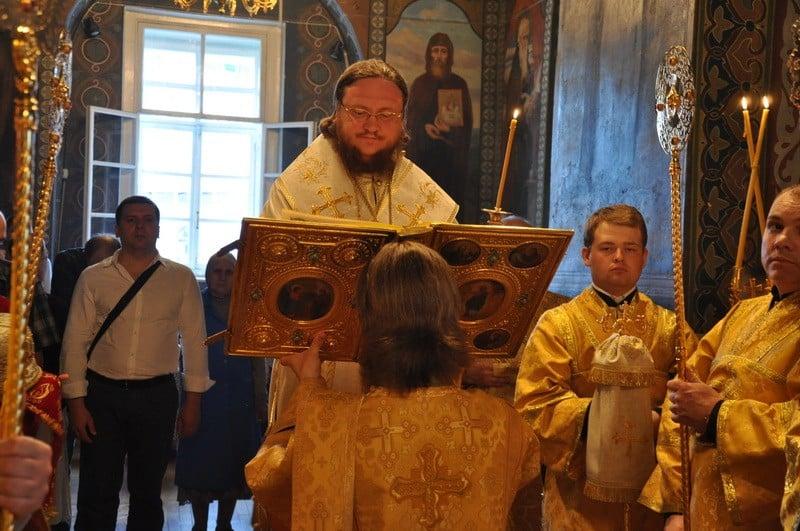 Єпископ Боярський Феодосій звершив всенічне бдіння Неділі 2-ї після П'ятидесятниці