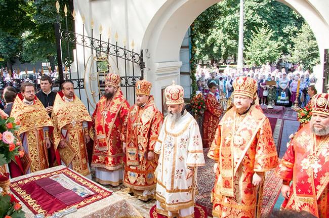 Єпископ Боярський Феодосій співслужив Місцеблюстителю Київської митрополичої кафедри в день престольного свята Іллінського храму