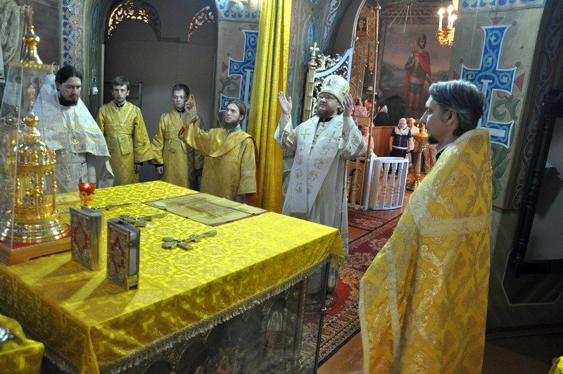 Єпископ Боярський Феодосій звершив Літургію в Неділю 9-у після П'ятидесятниці