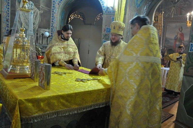 Епископ Боярский Феодосий совершил Литургию в Неделю 17-ю по Пятидесятнице