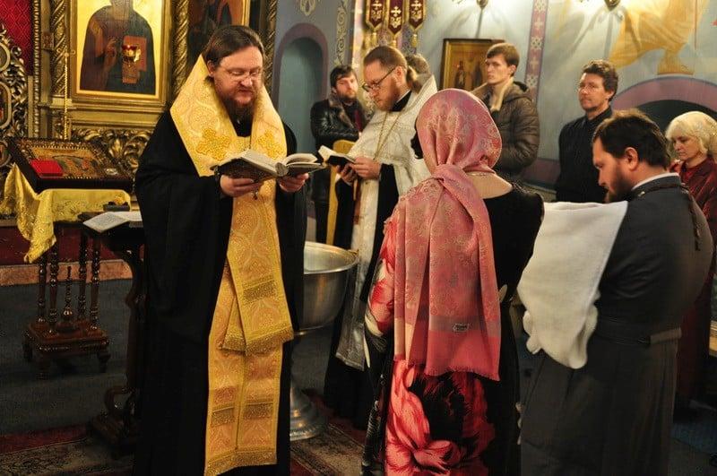Епископ Боярский Феодосий совершил Литургию в Неделю 27-ю по Пятидесятнице