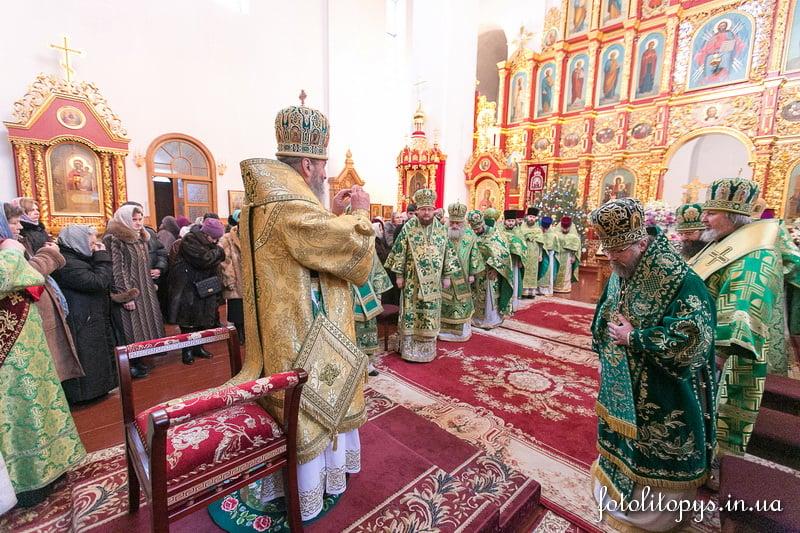 Епископ Боярский Феодосий сослужил Предстоятелю УПЦ в Пантелеимоновском монастыре Киева
