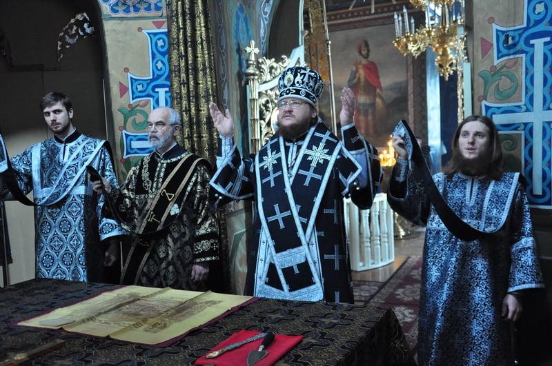 Єпископ Боярський Феодосій звершив літургію Передосвячених Дарів та освячення колива