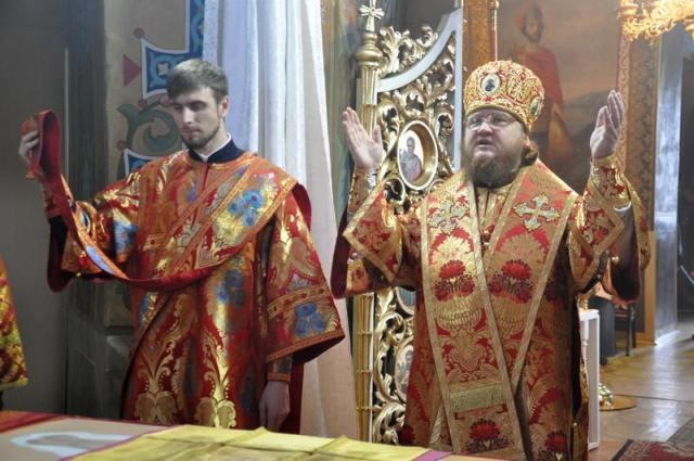 Єпископ Боярський Феодосій звершив Літургію в Неділю 2-у після Пасхи