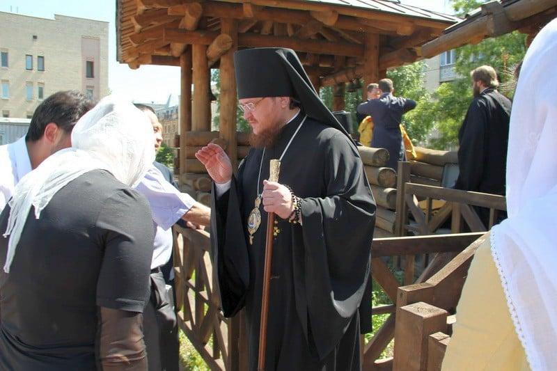 В день малого престольного свята єпископ Боярський Феодосій очолив Божественну літургію в Покровському храмі на Пріорці в м.Києві