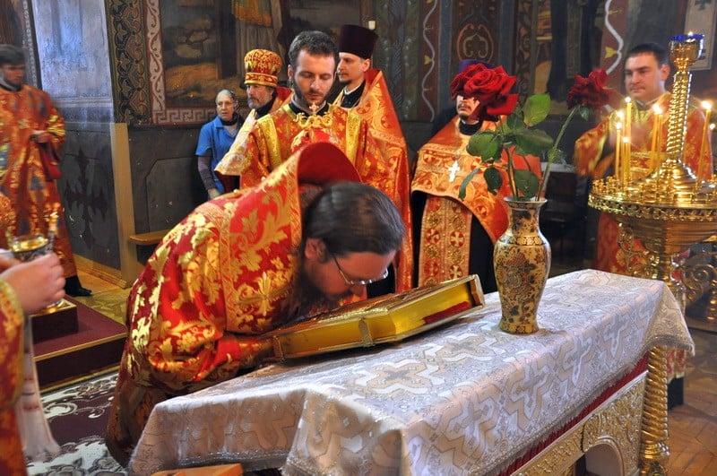 Епископ Боярский Феодосий совершил всенощное бдение накануне Недели 5-й по Пасхе