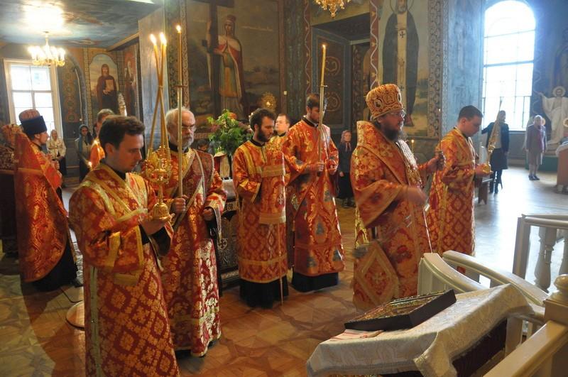 Єпископ Боярський Феодосій звершив всенічне бдіння напередодні Неділі 4-ї після Пасхи