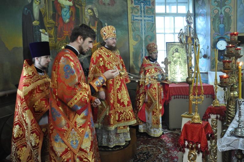 Єпископ Боярський Феодосій звершив Літургію в Неділю 5-у після Пасхи