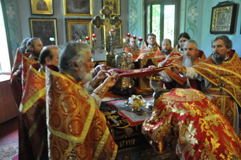 Духовник Северного киевского викариатства отмечает 70-летний юбилей