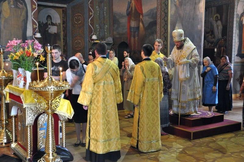 Єпископ Боярський Феодосій звершив всенічне бдіння напередодні Неділі 4-ї після П'ятидесятниці