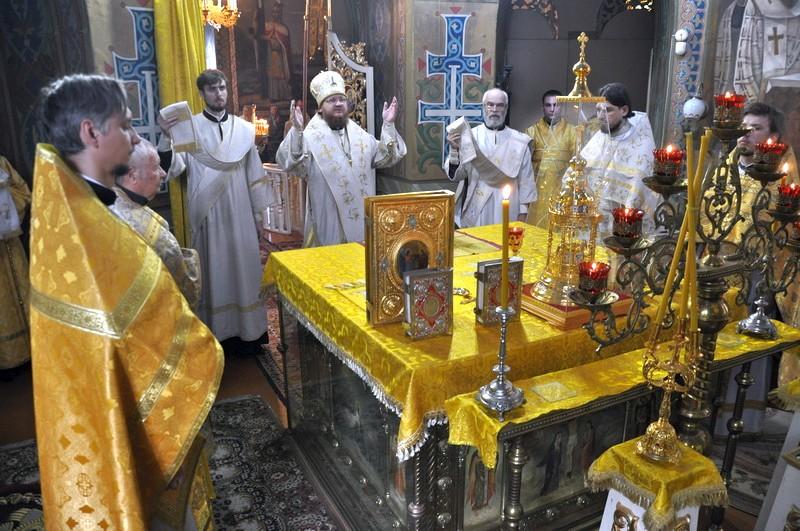 Епископ Боярский Феодосий совершил Литургию в Неделю 4-ю по Пятидесятнице