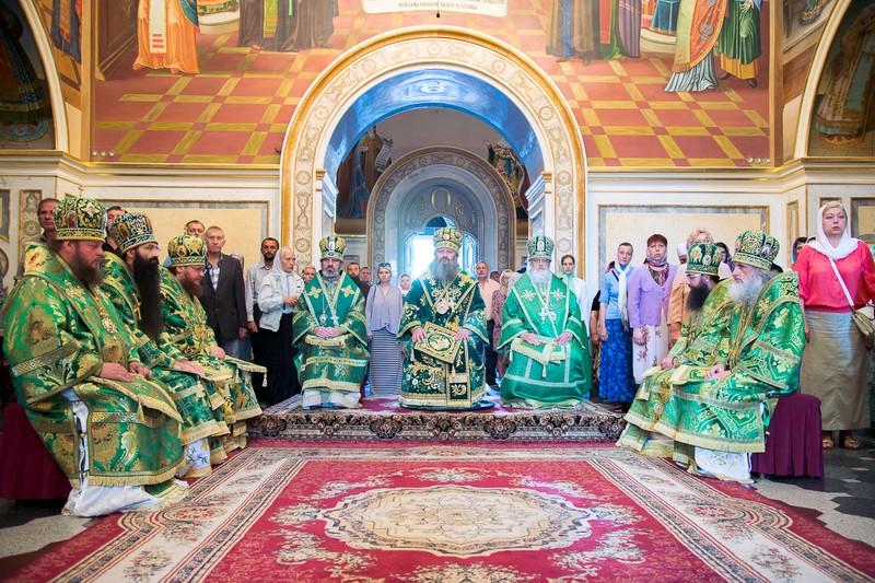 Епископ Боярский Феодосий отметил малый День Ангела