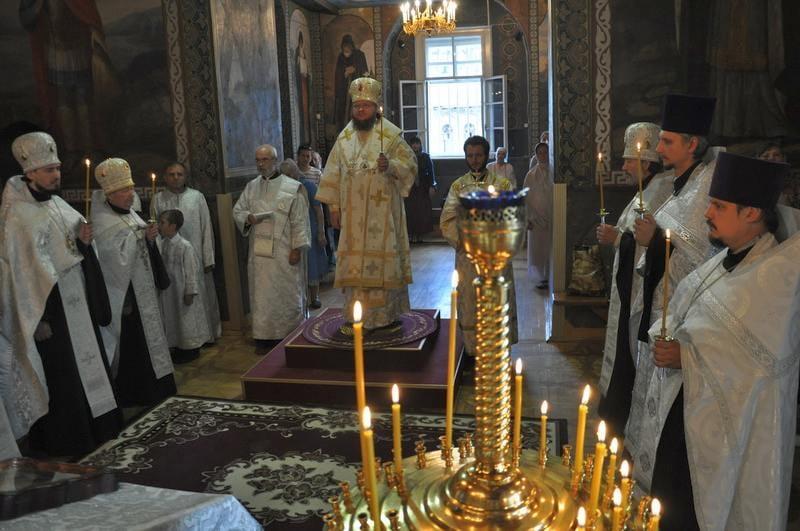 Єпископ Боярський Феодосій звершив всенічне бдіння напередодні свята Преображення Господнього