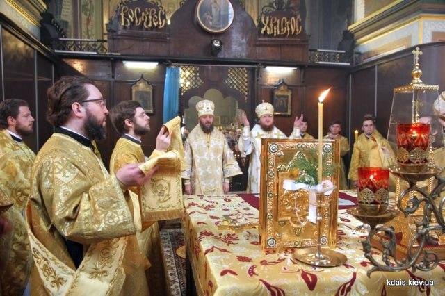 Керуючий справами УПЦ митрополит Бориспільський і Броварський Антоній очолив Літургію у храмі Північного київського вікаріатства