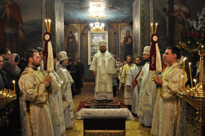 Єпископ Боярський Феодосій звершив нічну Божественну літургію в свято Різдва Христового