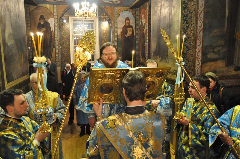 Епископ Боярский Феодосий совершил всенощное бдение накануне праздника Сретения