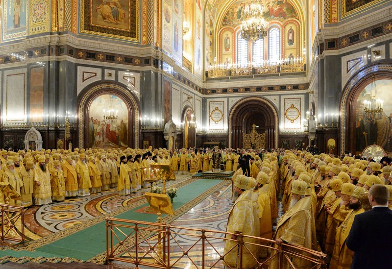 Єпископ Боярський Феодосій співслужив Святішому Патріарху Кирилу в сьому річницю його інтронізації в Храмі Христа Спасителя