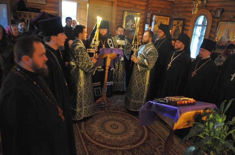 Єпископ Боярський Феодосій звершив читання Великого покаянного канону у співслужінні духовенства Кладовищенського благочиння