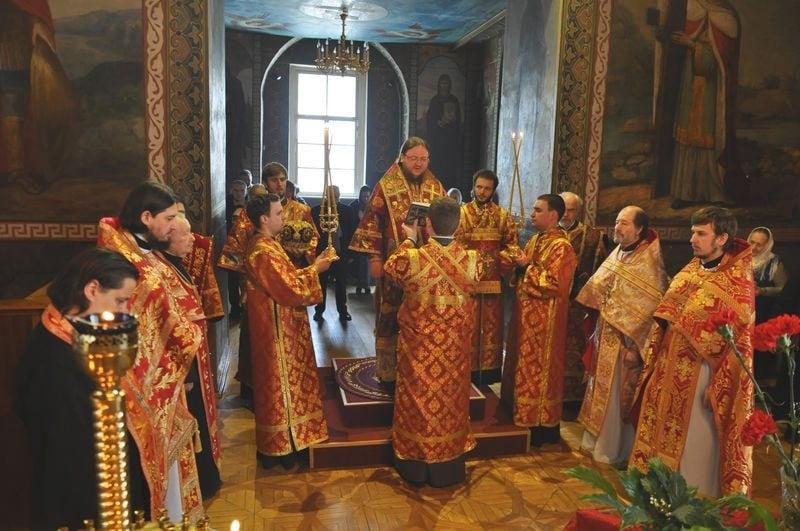 Єпископ Боярський Феодосій звершив Літургію на свято обрітення глави Іоанна Предтечі