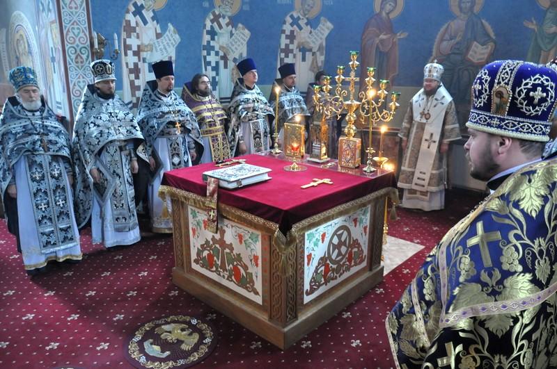 Состоялись соборная Литургия и общее говение духовенства Кладбищенского благочиния