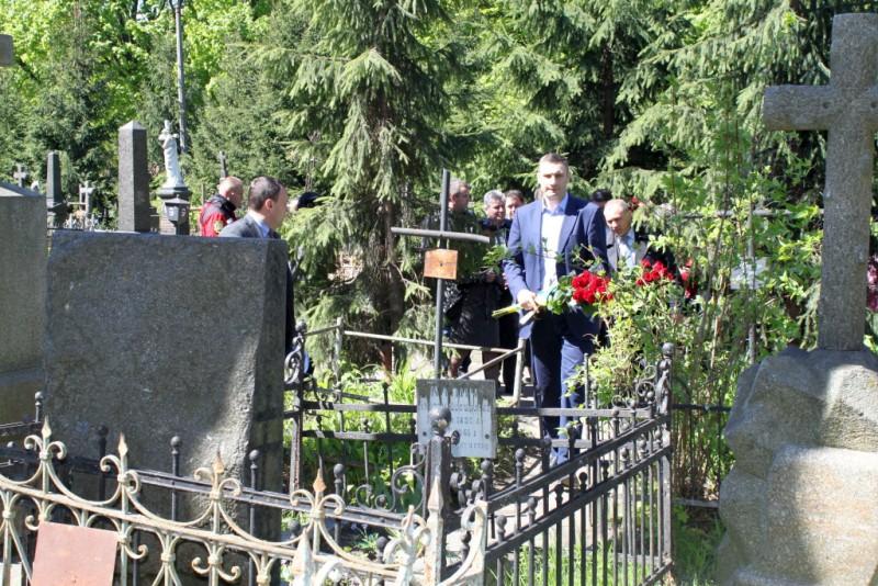 Киевский градоначальник помолился в храме Северного киевского викариатства