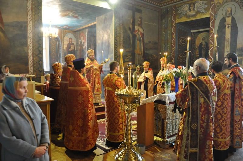 Єпископ Боярський Феодосій звершив всенічне бдіння Неділі 2-ї після Пасхи, апостола Фоми