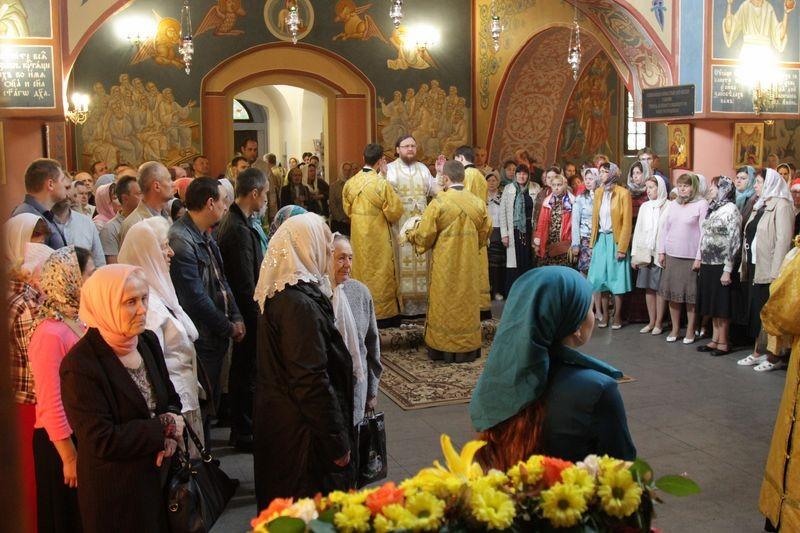 Епископ Боярский Феодосий возглавил богослужение престольного праздника в храме святителя Луки Крымского