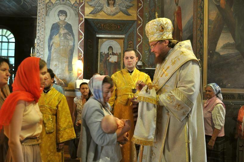 Єпископ Боярський Феодосій звершив всенічне бдіння напередодні Неділі 6-ї після П'ятидесятниці