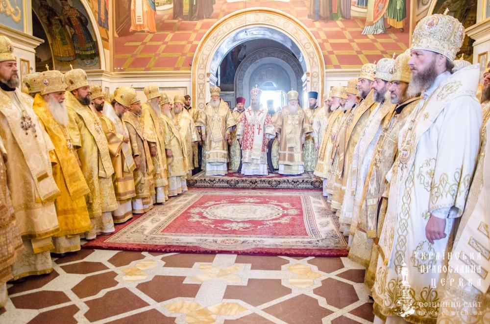 Епископ Боярский Феодосий сослужил Предстоятелю УПЦ за праздничной Литургией в Успенском соборе Киево-Печерской Лавры (+ВИДЕО)