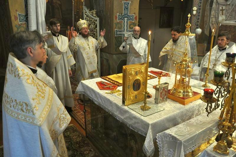 Епископ Боярский Феодосий совершил Литургию в Неделю 9-ю по Пятидесятнице