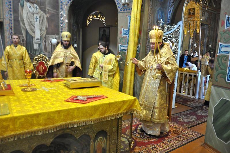 Епископ Боярский Феодосий совершил Литургию в Неделю 13-ю по Пятидесятнице
