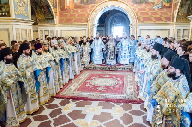 Епископ Боярский Феодосий сослужил Предстоятелю УПЦ за богослужением в Киево-Печерской Лавре по случаю начала нового учебного года (+ВИДЕО)