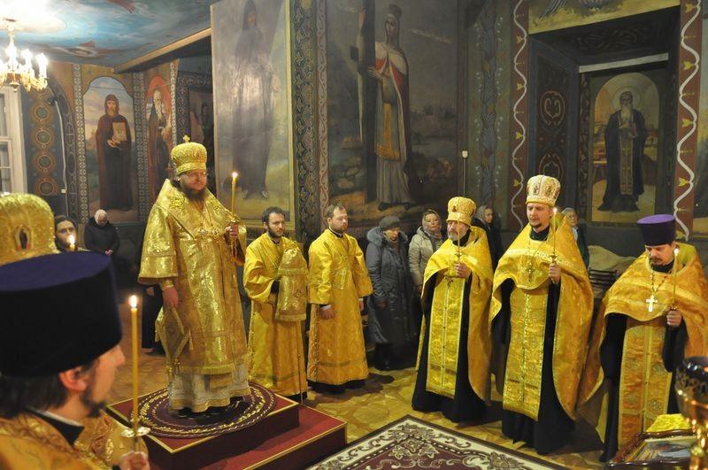 Єпископ Боярський Феодосій звершив всенічне бдіння напередодні Неділі 23-ї по П'ятидесятниці