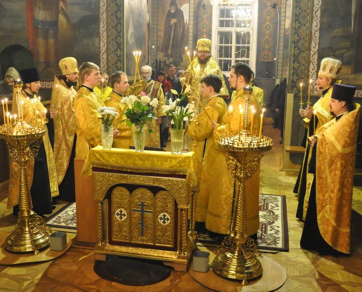 Епископ Боярский Феодосий совершил всенощное бдение накануне Недели 20-й по Пятидесятнице