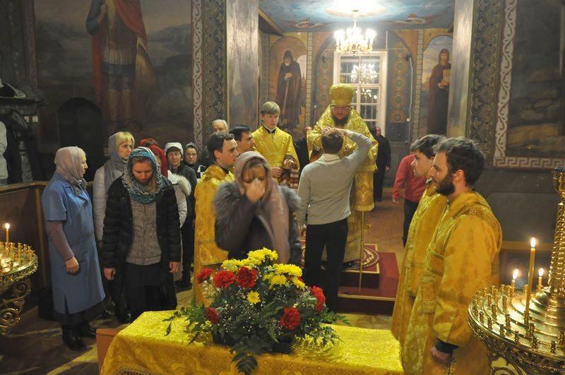 Єпископ Боярський Феодосій звершив всенічне бдіння напередодні Неділі 26-ї по П'ятидесятниці