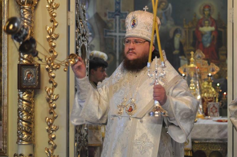 Епископ Боярский Феодосий совершил Литургию в мясопустную родительскую субботу