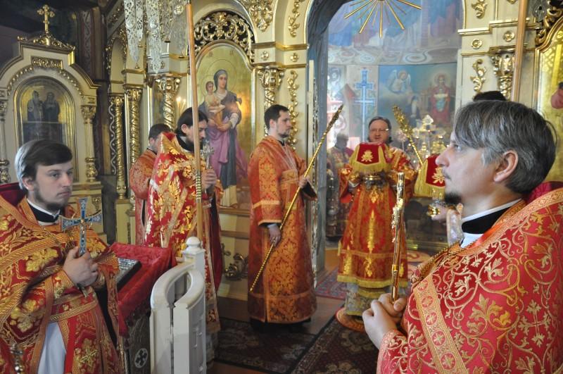Епископ Боярский Феодосий совершил Литургию в Неделю 6-ю по Пасхе, о слепом
