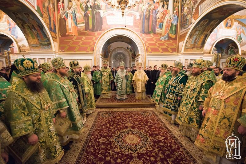 Накануне дня памяти прп.Нестора Летописца архиепископ Боярский Феодосий сослужил Предстоятелю УПЦ в Киево-Печерской Лавре (+ВИДЕО)