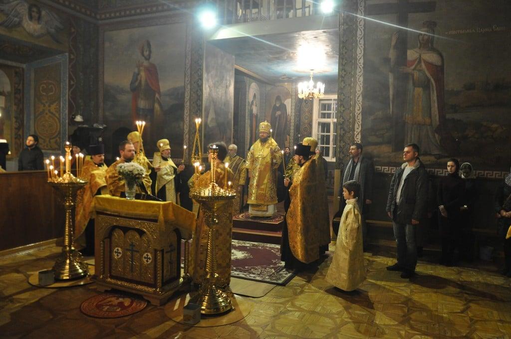 Архієпископ Боярський Феодосій звершив всенічне бдіння напередодні Неділі 27-ї після П'ятидесятниці