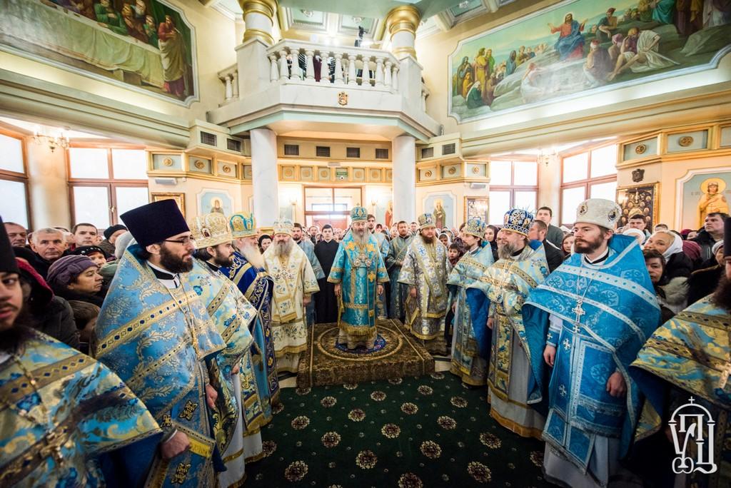 Архиепископ Боярский Феодосий сослужил Предстоятелю УПЦ в храме Рождества Христова Северного киевского викариатства (+ВИДЕО)