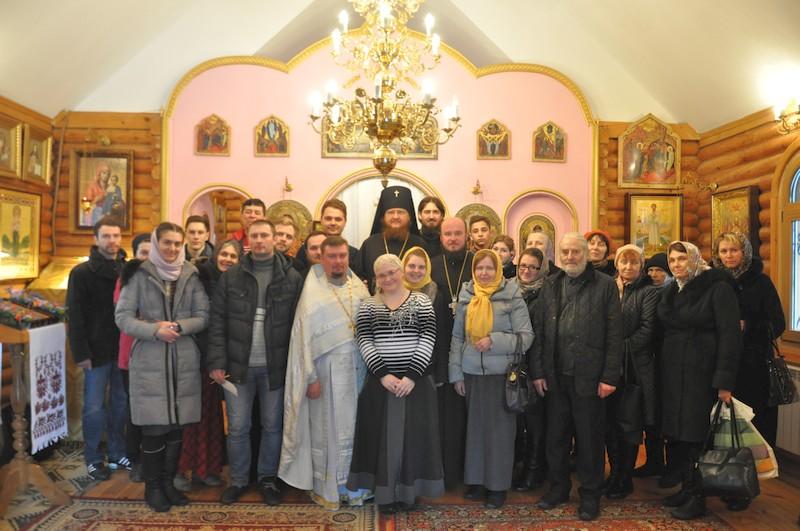 Архієпископ Боярський Феодосій очолив богослужіння престольного свята в храмі св.Лазаря Чотириденного