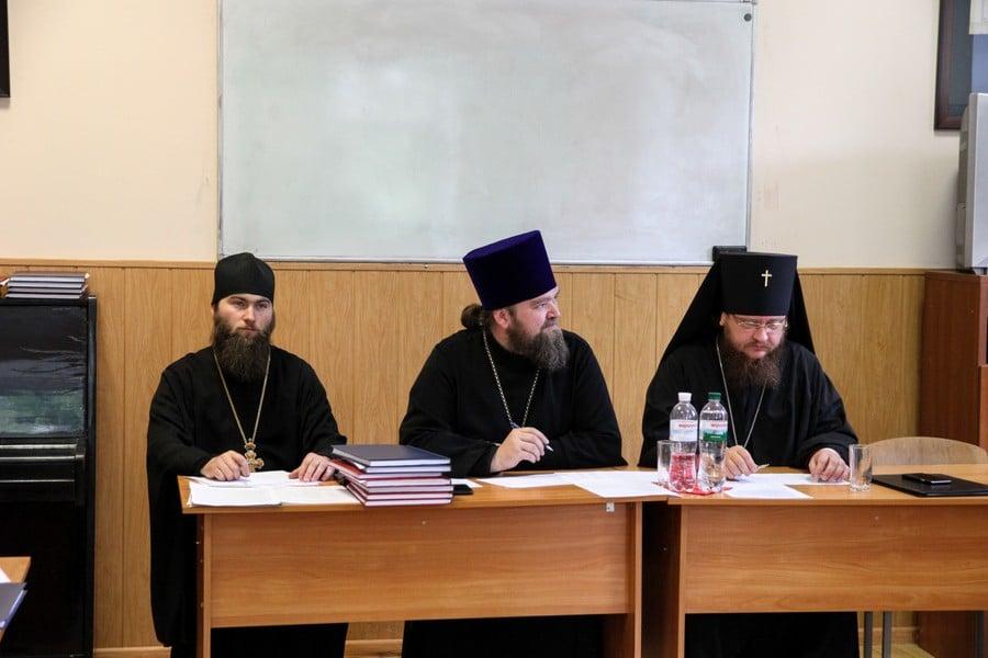 Архиепископ Боярский Феодосий принял участие в работе Комиссии по защите магистерских работ в Киевской духовной академии